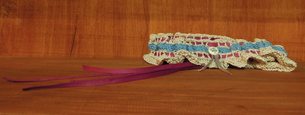 knitted_garter